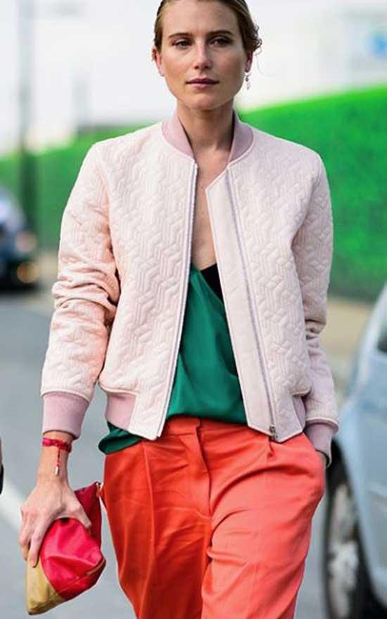 Бомбер в центре внимания: с чем модно носить, 15 стильных идей