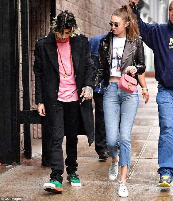 Модные джинсы 2017 на Белла Хадид