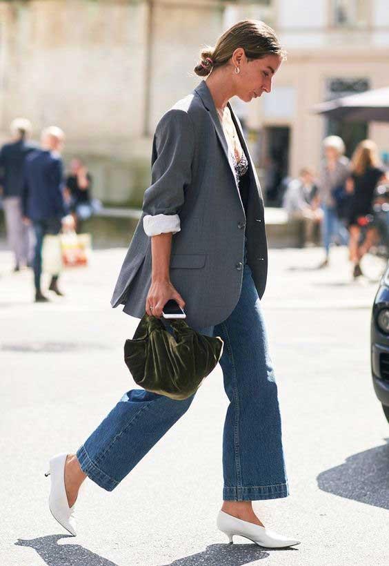 Уличный образ - серый пиджак+джинсы