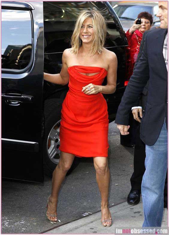 Мини - красное платье