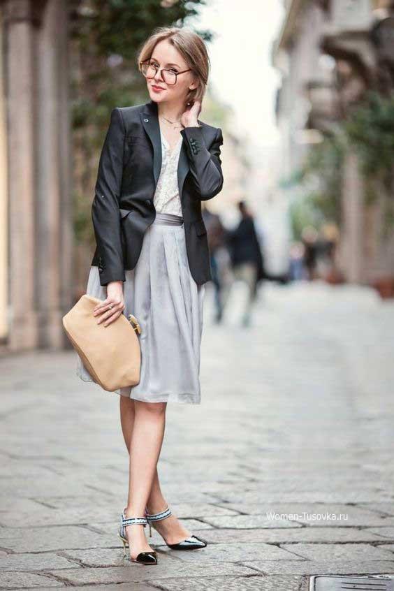Легкая серая юбка - а силуэт