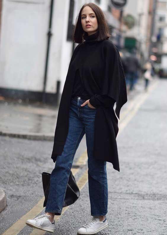 Пальто и водолазка, джинсы, кроссовки - стиль нормкор