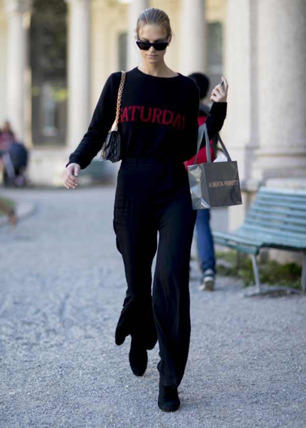 Монохромный образ с черным свитером