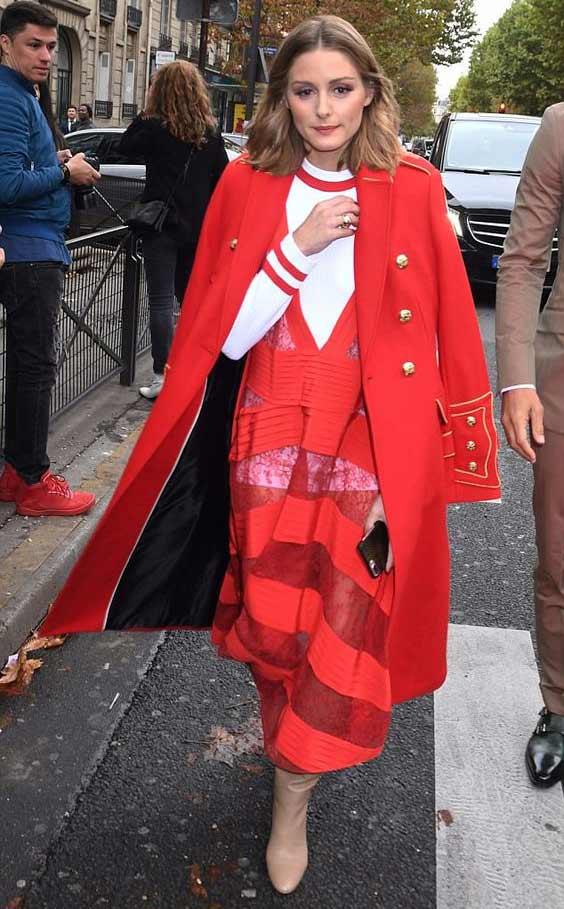 Как носить красный
