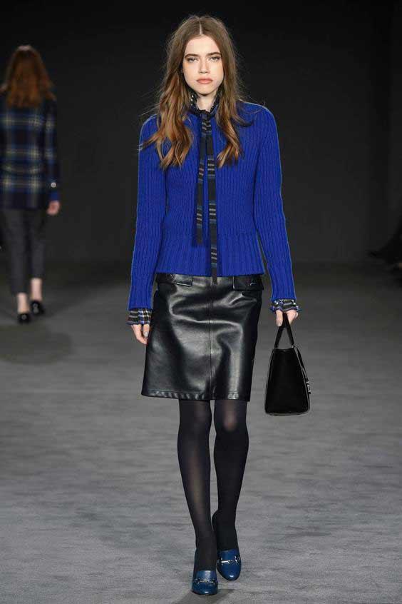 Черные колготки+ синие туфли