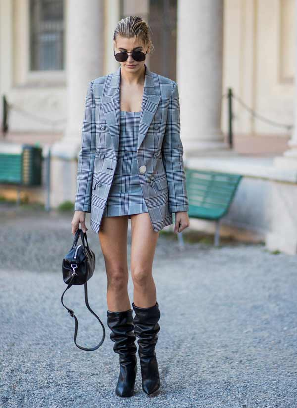 В стильной обуви