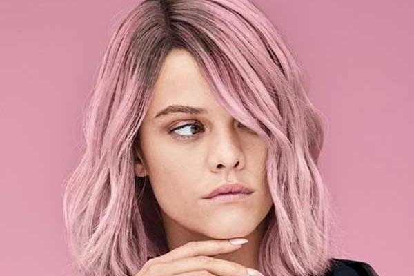 Розовый кварц: самый необычный оттенок волос этого сезона