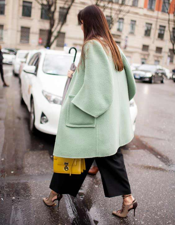 Пастельный цвет пальто 2017