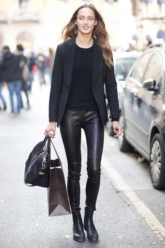 Кожаные легинсы: актуальны или нет, с чем носить?