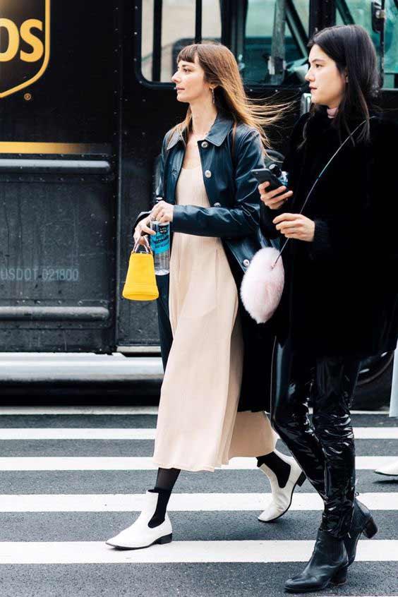 Кожаные легинсы с чем носить?
