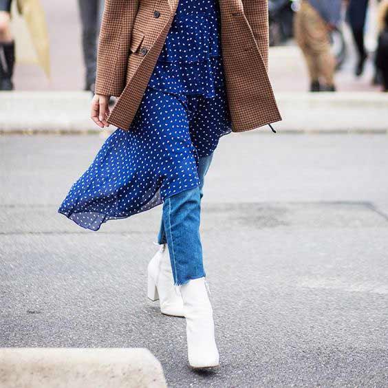 Легкое платье + джинсы + пиджак оверсайз