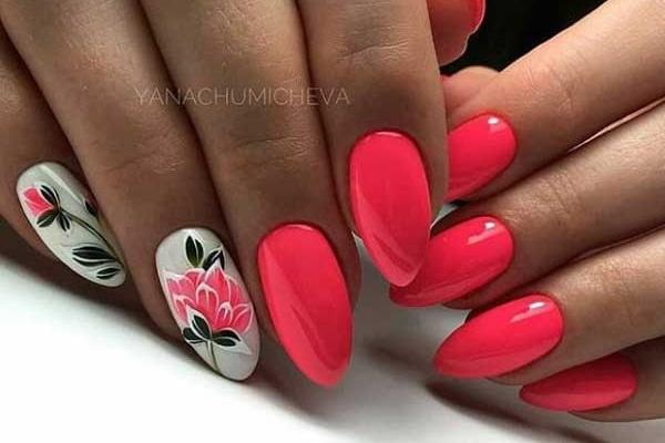 Дизайн ногтей наклейками