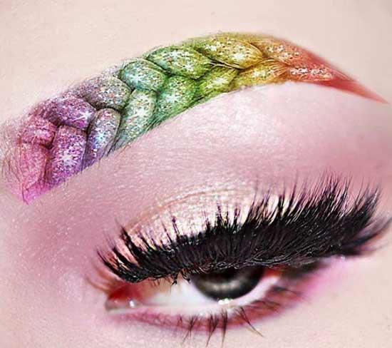 Разноцветная коса-бровь