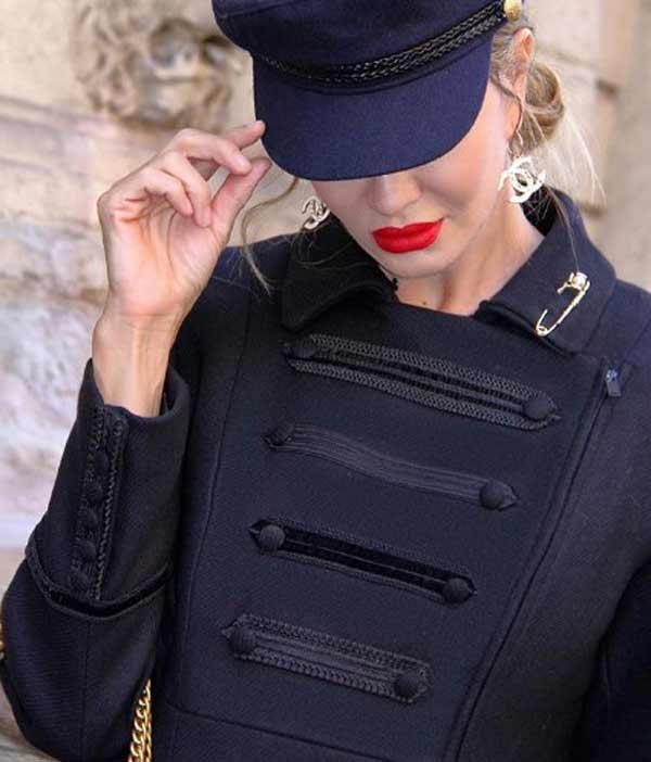 Возраст стилю не помеха: модные образы Жаклин из Италии