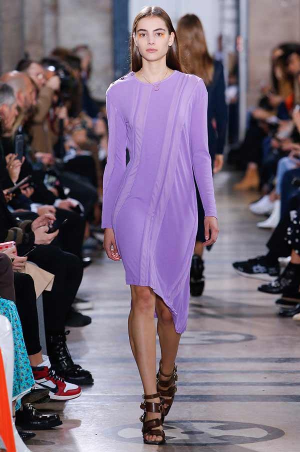 Платье нежно-фиолетовое