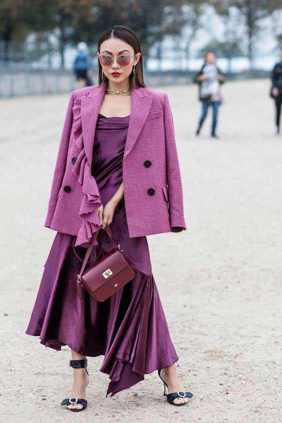 Фиолетовый цвет монохром