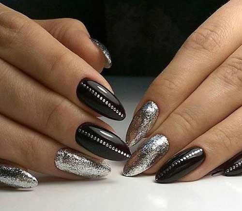 Черный маникюр с серебром