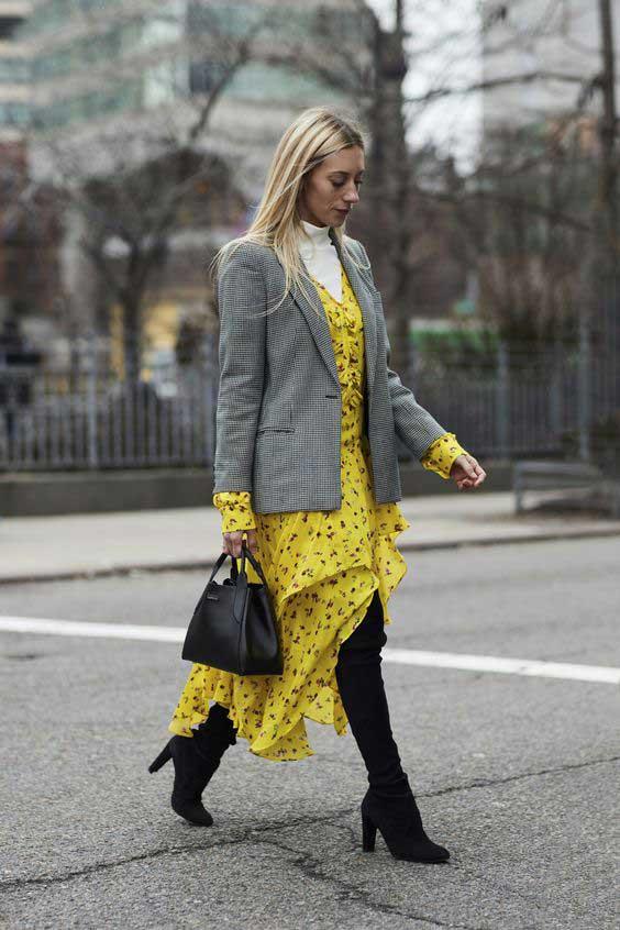 Меикроцветы на желтом платье