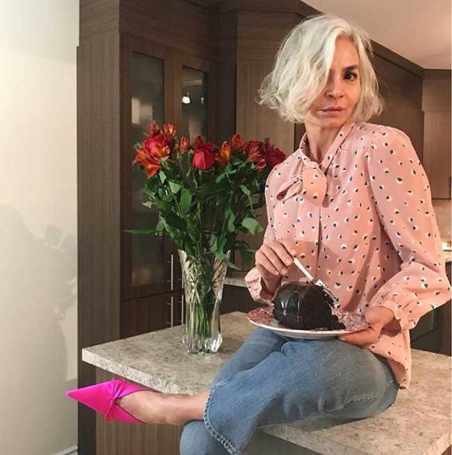 Как одеваться женщине в возрасте: идеи от 52-летнего блогера Инстаграм