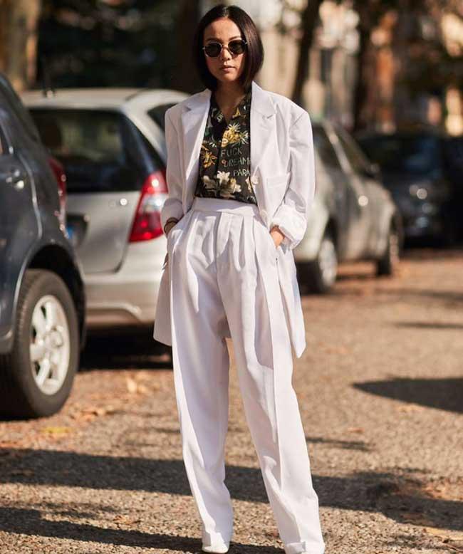 Белый пиджак в тренде