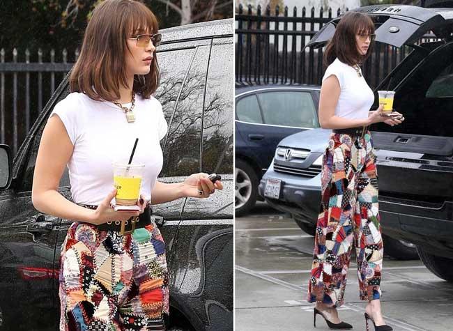 С чем носить широкие брюки: модная комбинация от Беллы Хадид