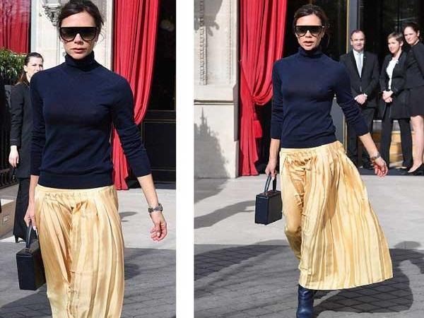 С чем весной носить плиссированные юбки: образы Виктории Бекхэм