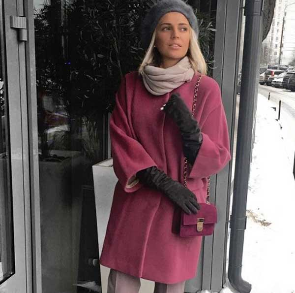 Стилист Ольга Громова пальто в фиолетовой гамме