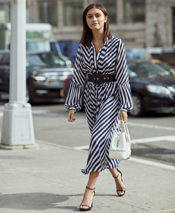 Модное платье в полоску 2018