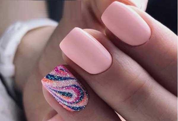 1manikyur-dlya-otpuska-na-more-idei-k-letu-2 Самый красивый дизайн ногтей: 100 ЛУЧШИХ идей и трендов на фото