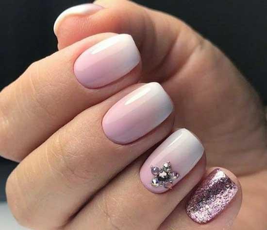 Нежно розовый нейл-дизайн