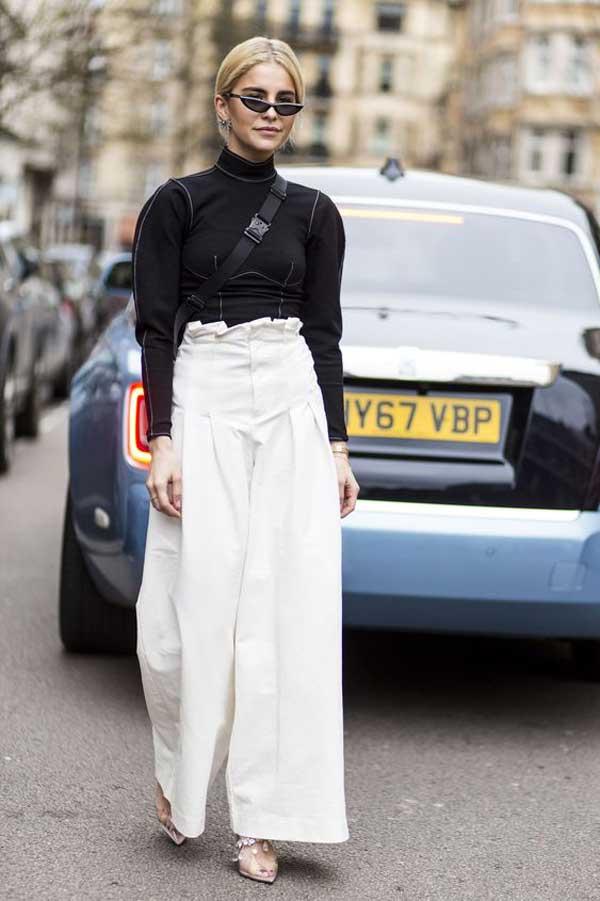 Модница в брюках палаццо