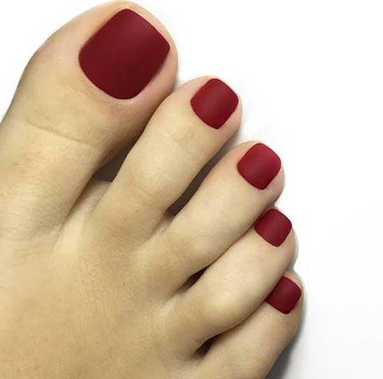 Матовое покрытие ногтей ног