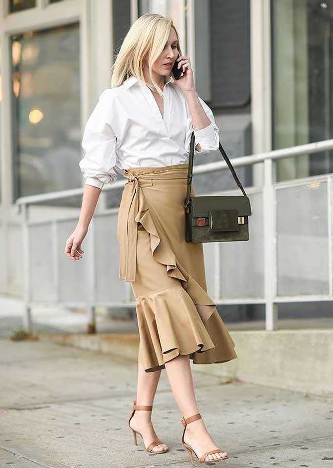 Бежевую юбку миди с чем носить