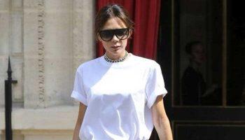 Виктория Бекхэм показала с чем стильно носить базовую белую футболку