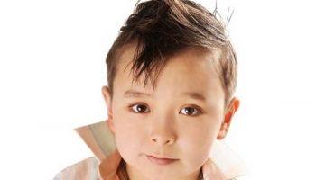 К 1 сентября готовы: идеи модных стрижек для мальчиков