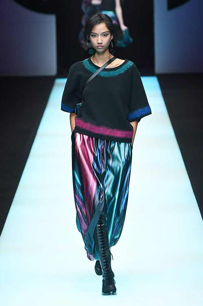 Красивая модная юбка Giorgio Armani
