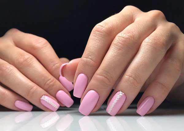 Розовый лак как подбирать цвет лака к одежде