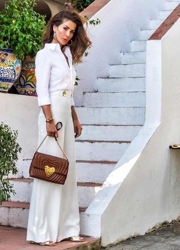 Образ в белом цвете с широкими брюками и рубашкой