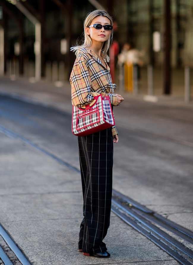 Тренд сезона широкие брюки