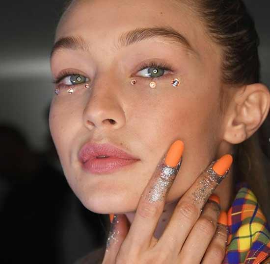 Оранжевый однотонный с блестками