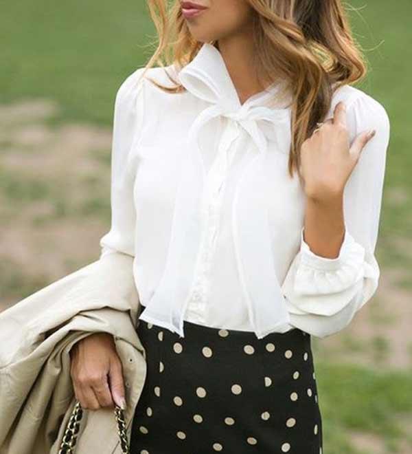 Белая классическая блузка и юбка в принт горошек