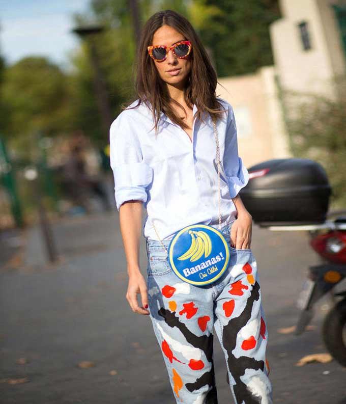 Стильные джинсы с принтом