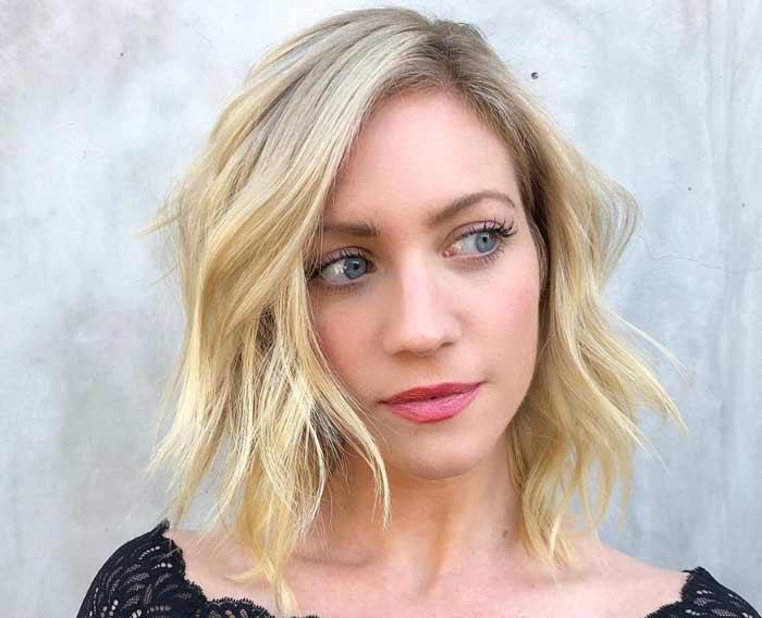 Как красиво покрасить волосы блондинке