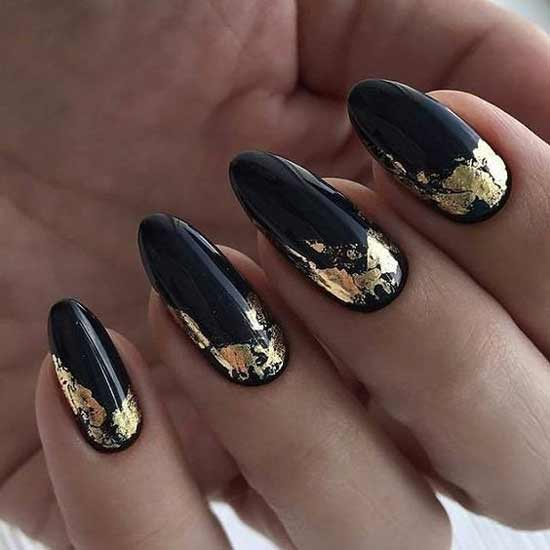 Золото+черный гель-лак на ногтях