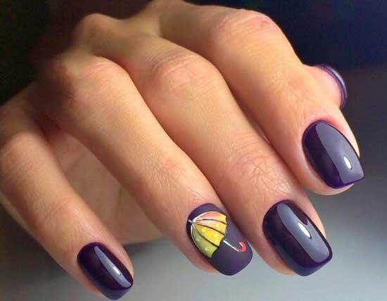 Синий тон и рисунок зонтика на ногтях