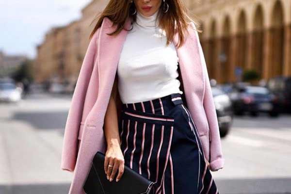 Модное осеннее пальто пастельных оттенков
