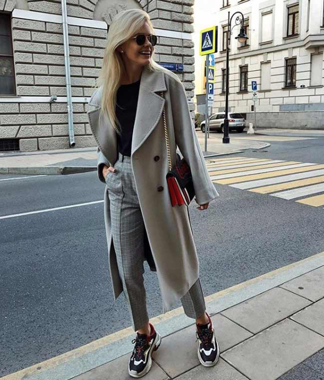 Элегантное базовое пальто