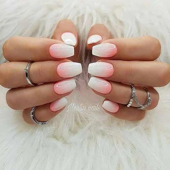 Бело-розовый градиент на ногтях