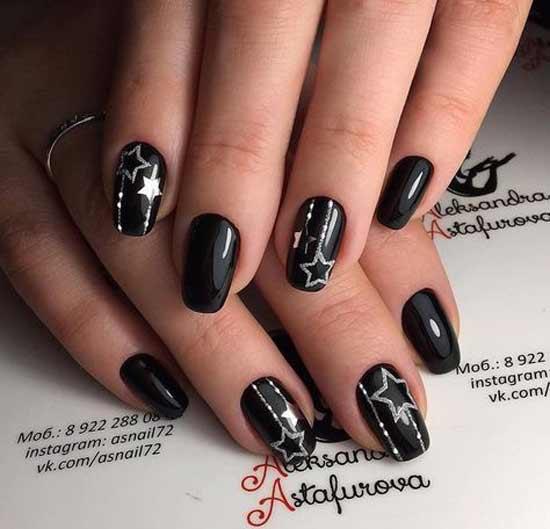 Маникюр серебряные звезды на черном фоне
