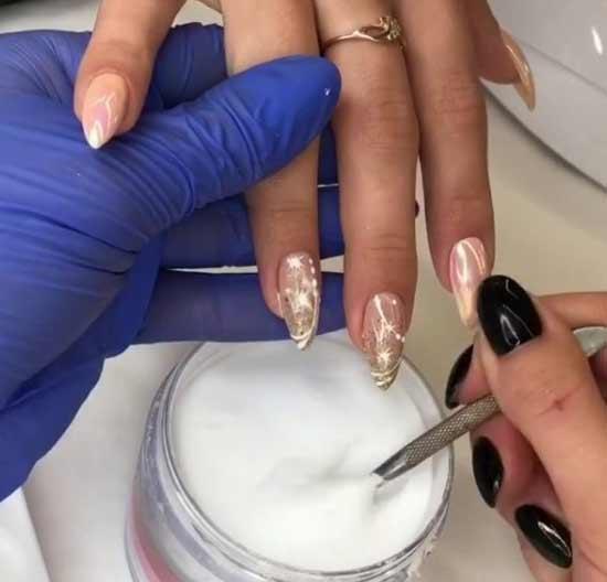 Как наносить втирку на ногти